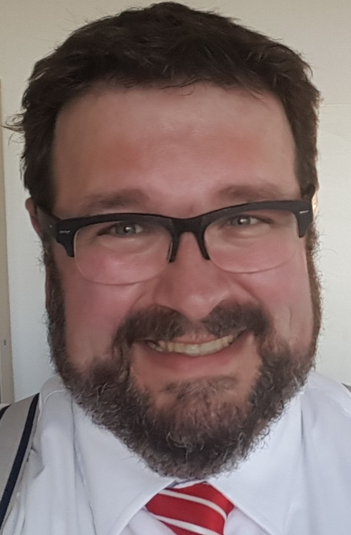 Dr. René Holm